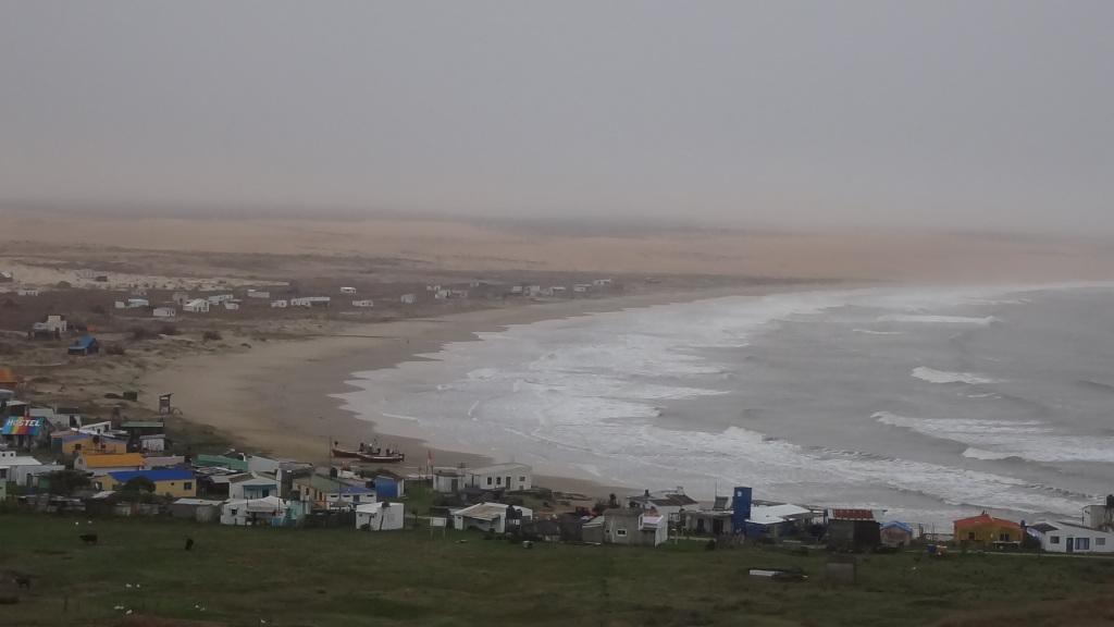 Uruguay Strand und Fischerdorf im Winter