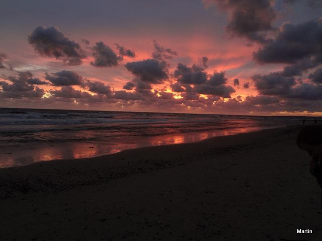 Sonnenuntergang am Rio de la Plata in Uruguay Canelones